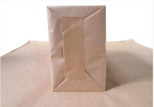 クラフト紙で梱包